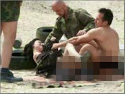 8 Gambar Kezaliman Tentera Amerika Merogol Wanita Iraq Dihadapan Suami