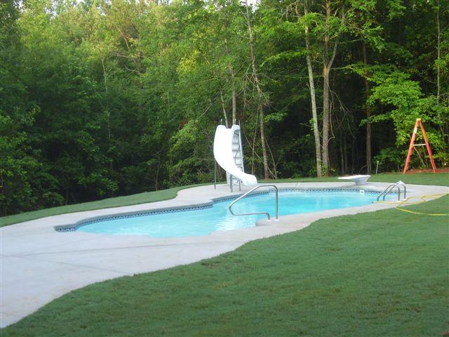 Tallman Fiberglass Pools Everyone Loves A Pool Party Classy Beautiful Backyard Pools Model