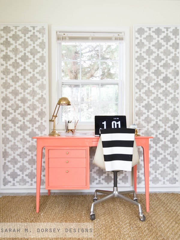 http://sarahmdorseydesigns.blogspot.com/2014/01/coral-desk-tip-for-reusing-old-hardware.html