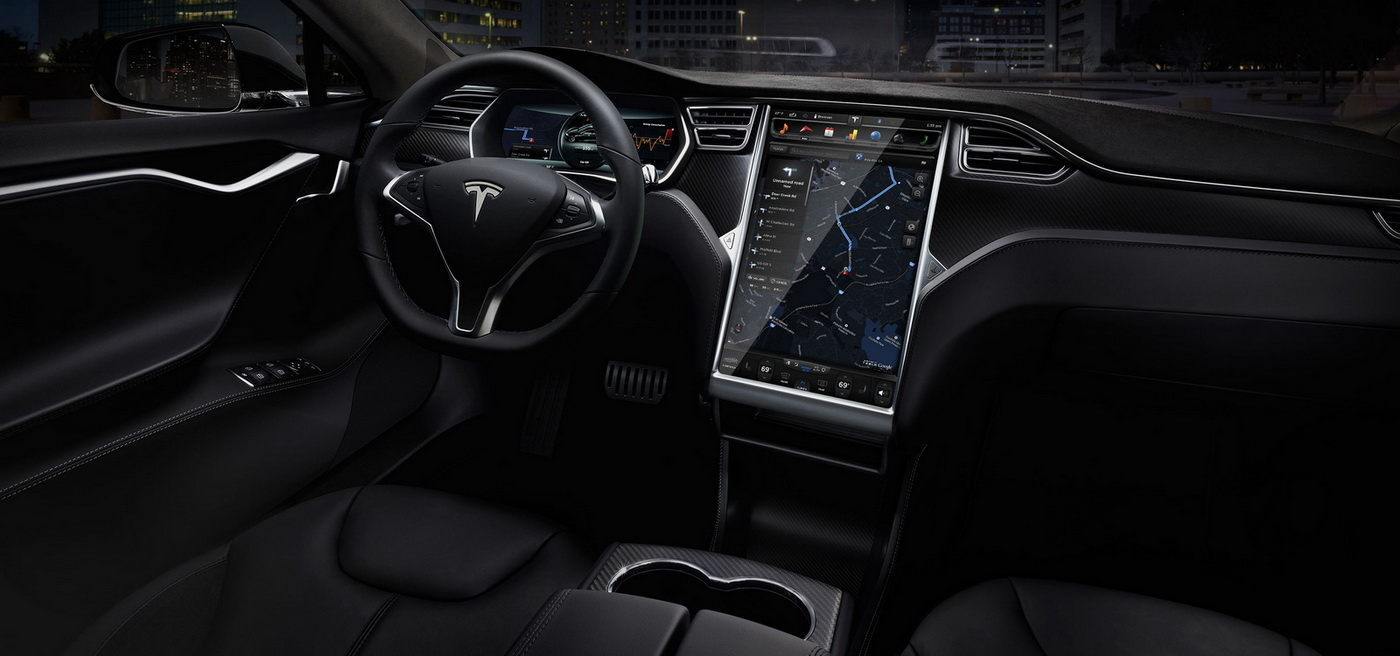 Tesla 39 s new 762hp model s p90d with ludicrous speed for Auto interieur reinigen zelf