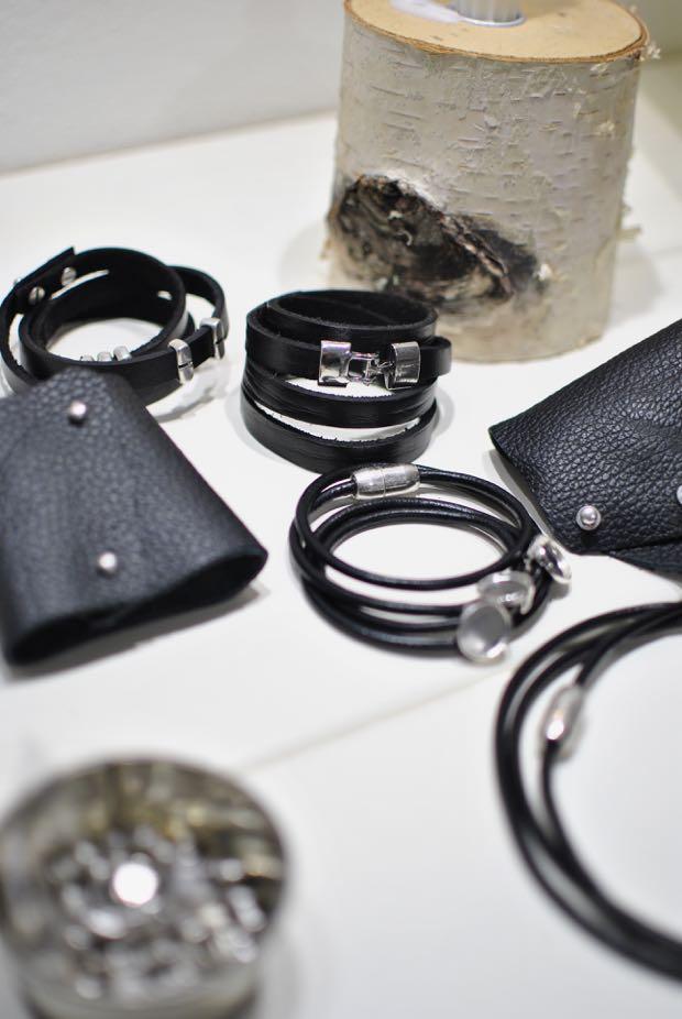 diy lädersmycken svart läder