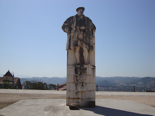 Dom João III King statue photo - Coimbra