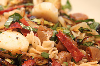 Pasta with Scallops and Bacon