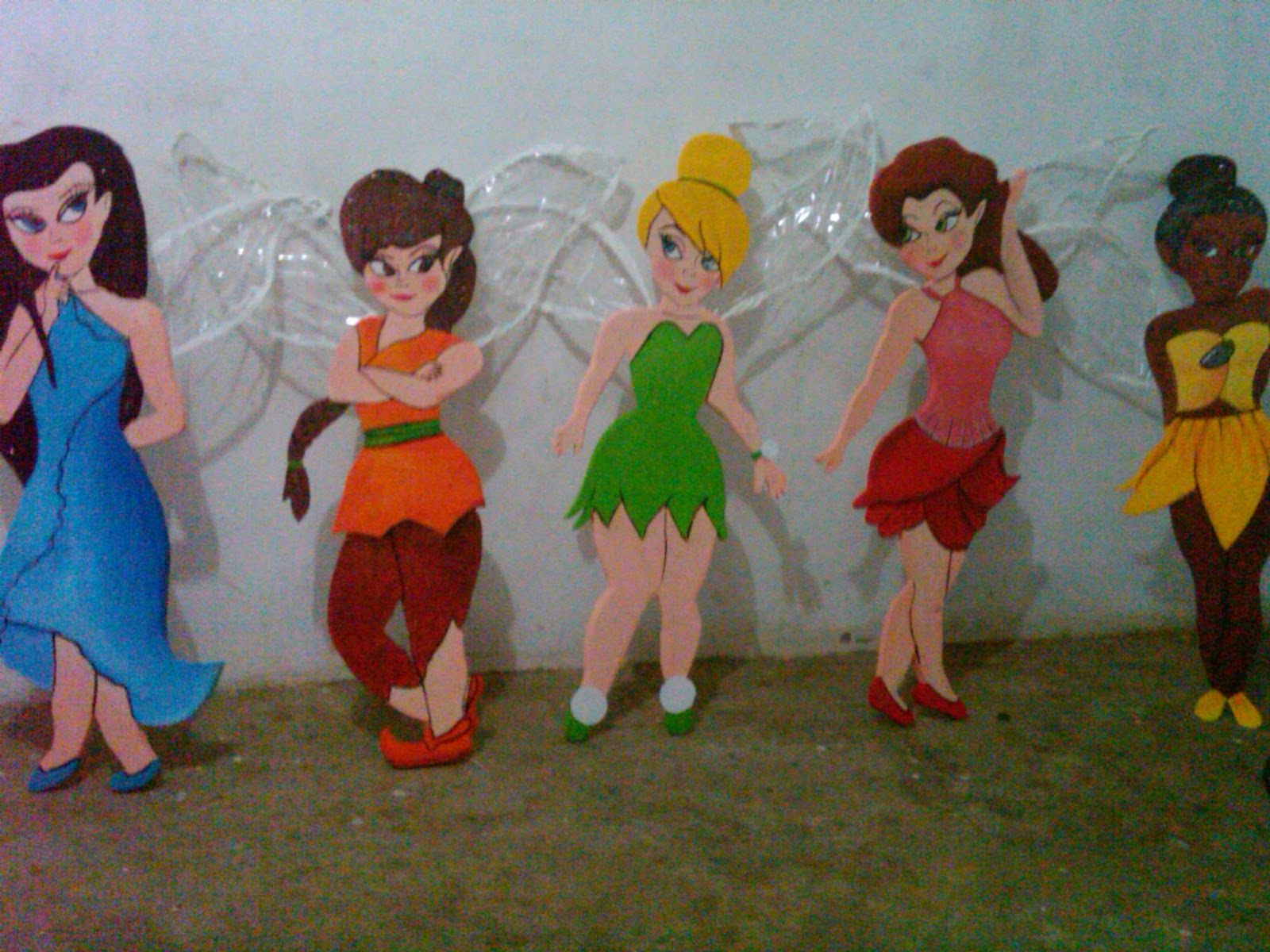 CAJITAS DE SUEÑOS: tinker y sus amigas en anime