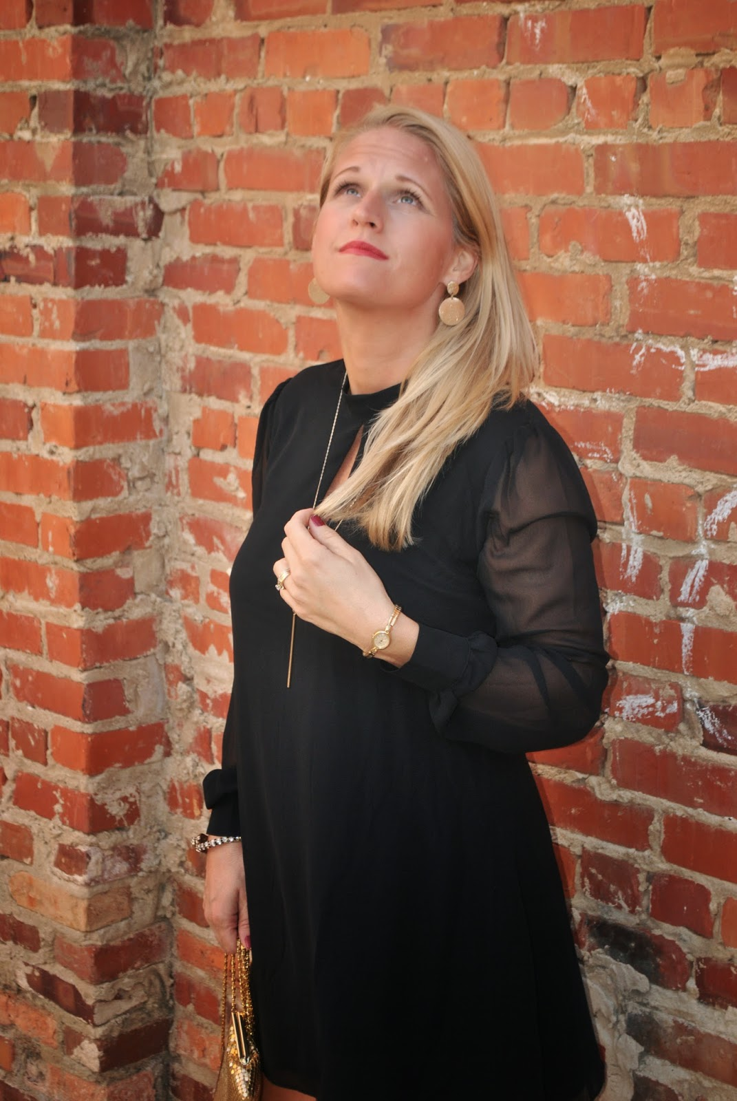 How to wear a Little Black Dress for Fall and Winter