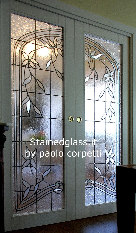 Vetrate artistiche roma by paolo corpetti vetrate bianche for Porte in vetro per cappelle cimiteriali