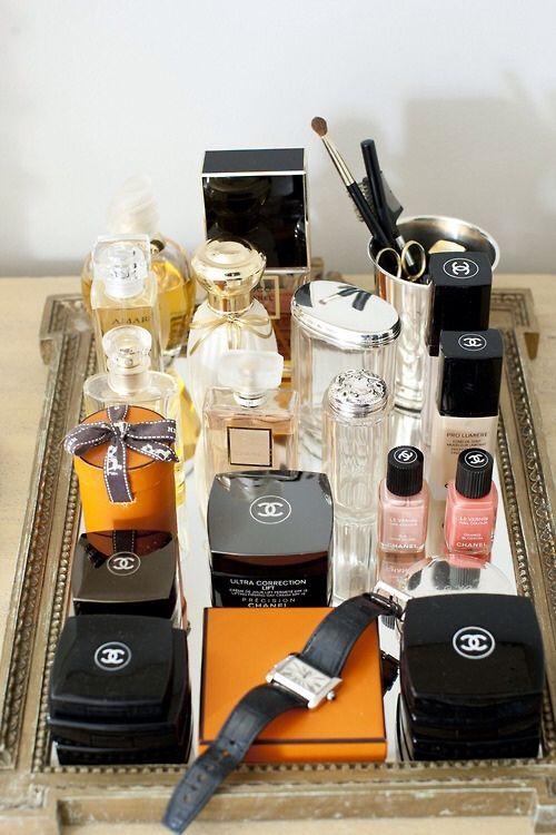 Tabuleiros organizar objetos pessoais, perfumes, cremes, bijiuteria,  livros