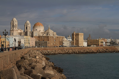 View toward Catedral, Cádiz, Spain