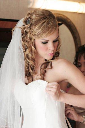 Coiffure mariage cheveux mi long avec voile