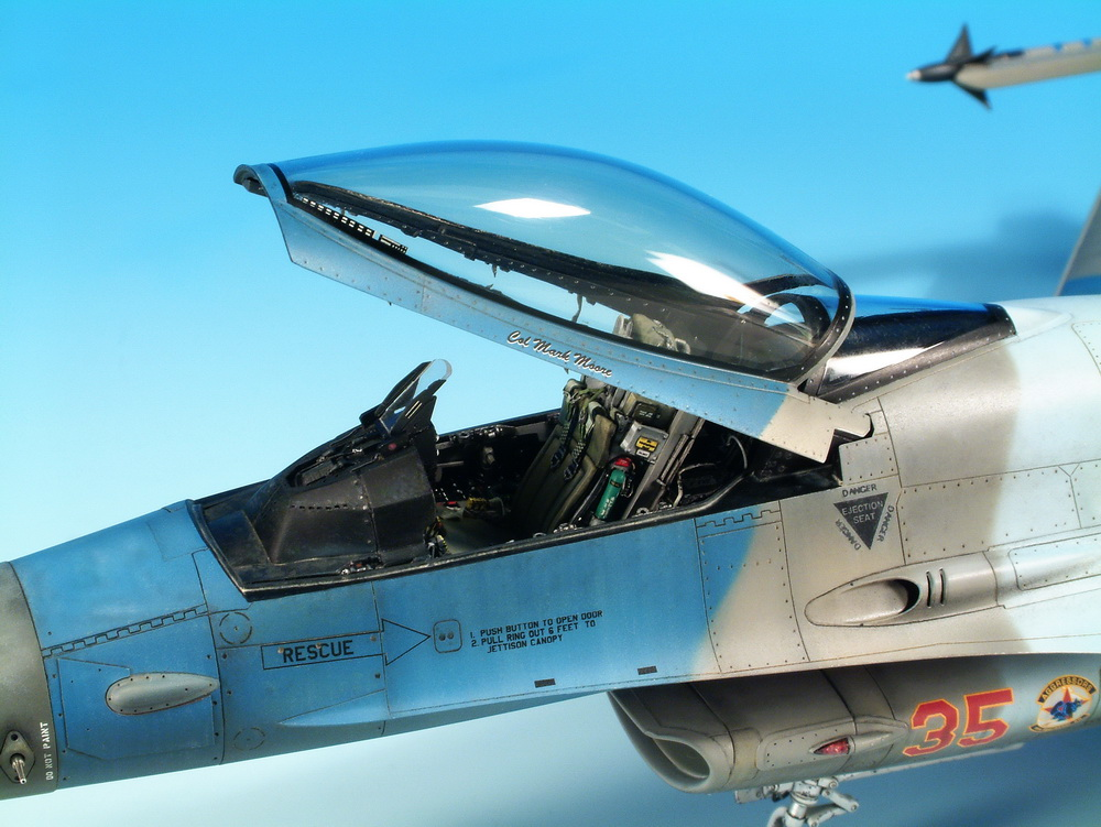 F-16 Fighting Falcon 1/48 Scale Model | Aircrafts Modern Era | Pinterest | Scale models Scale and Models & F-16 Fighting Falcon 1/48 Scale Model | Aircrafts Modern Era ...
