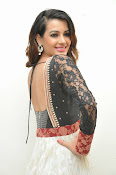 Diksha panth latest photos-thumbnail-9