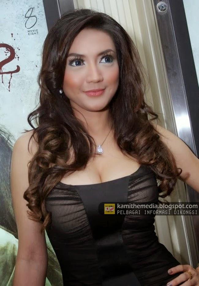 wiwid gunawan artis hot di indonesia   media cbs