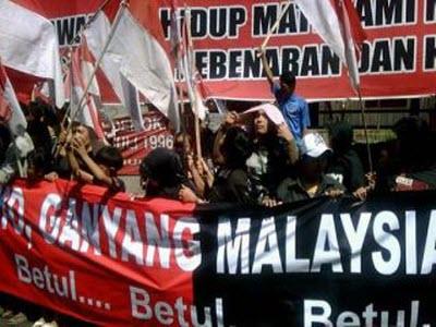 Aksi Massa Menentang Malaysia (ist)