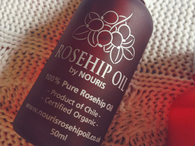 natural beauty oil, organic beauty oil, fashionfake, nouris oil, beauty blog, rose hip oil