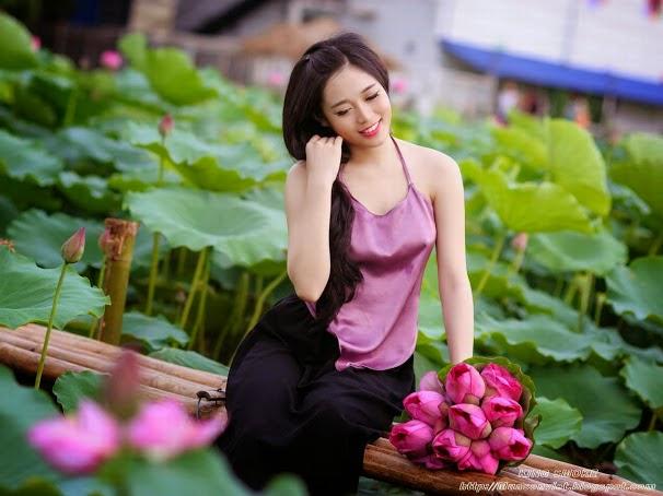 Girl xinh với áo yếm xưa 9