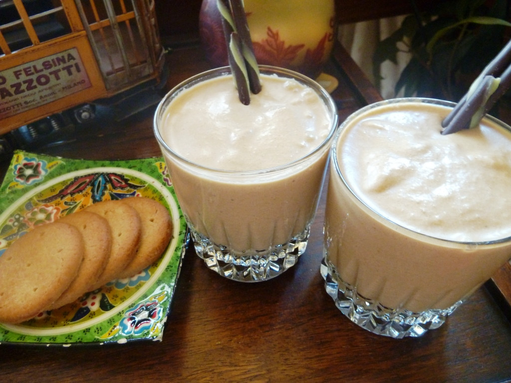 Natalia's pocketful of fun: Peanut Butter, Banana & Coffee Smoothie