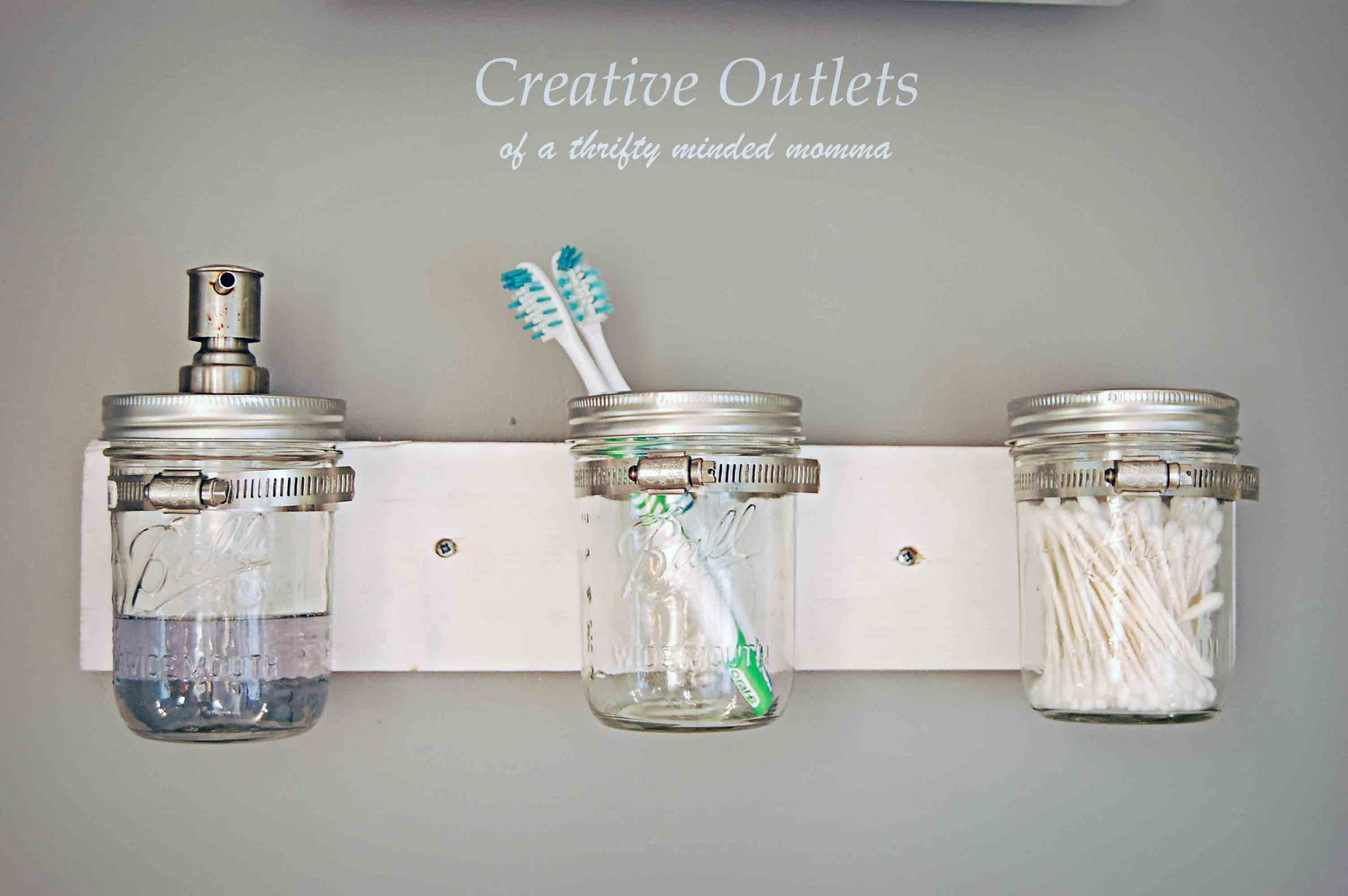 Luxury mason jar organizer