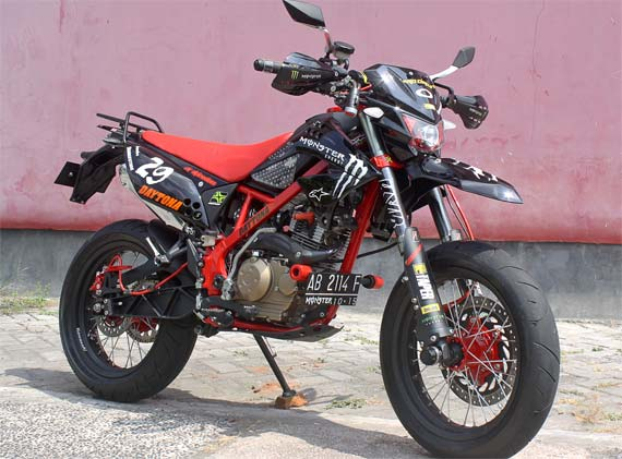 Modifikasi Kawasaki D-Tracker 150.jpg
