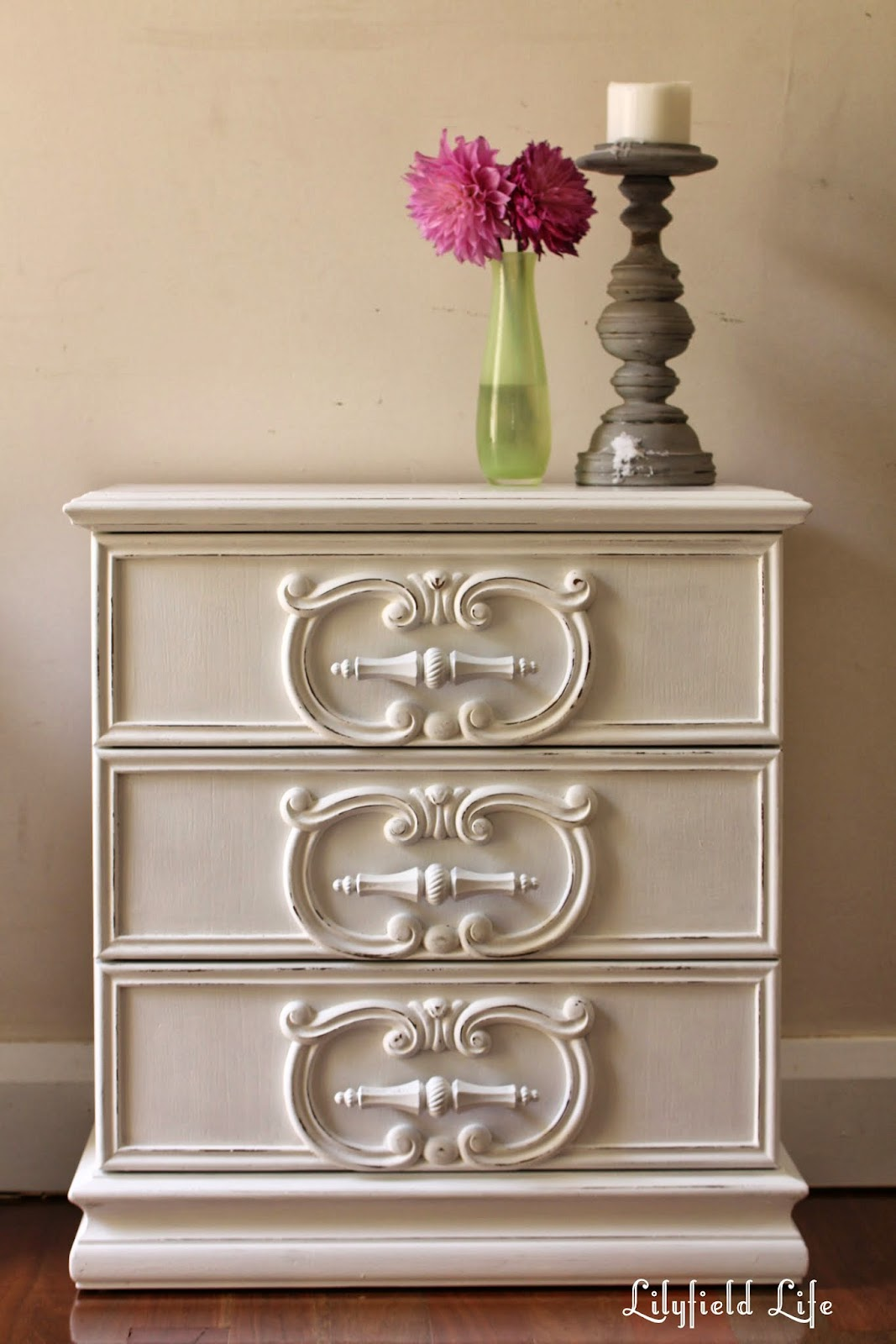 I Love The Mouldings On These Drawers   Such A Great Shape. They Are Painted  White With Just Very Light Distressing. If You Wanted More You Could Easily  ...