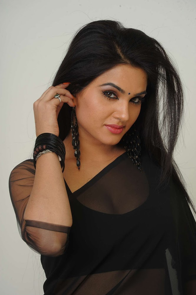 Actress Kavya Singh Sexy And Hot HD Images In Black Transparent Sarees, And Showing Deep Cleavage Of Boobs