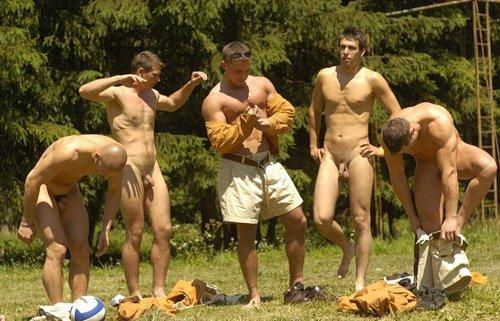 militar gay exhibicionista