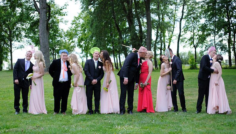 vestuvių fotosesijos atributai