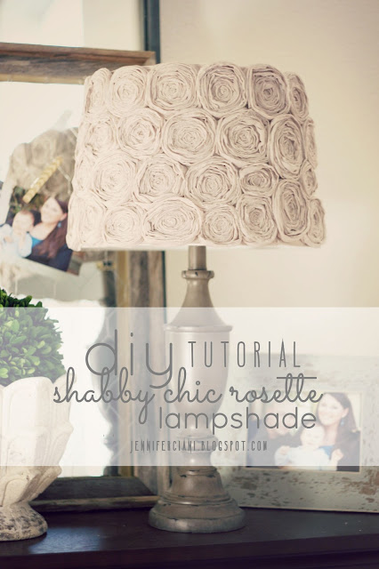 http://jenniferciani.blogspot.it/2013/02/diy-shabby-chic-rosette-lamp-shade.html