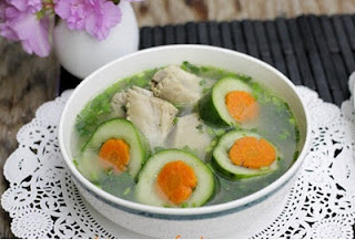 Cucumber Soup with Pork Chop Recipe (Canh Dưa Leo Sườn Non)