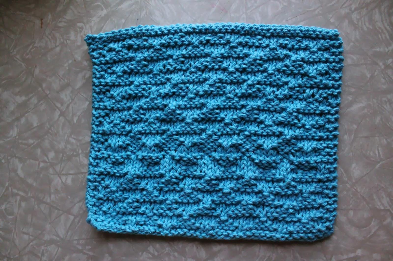 ... at Leisure: Weekly Dishcloth: Knitting the Small Pyramids Dishcloths