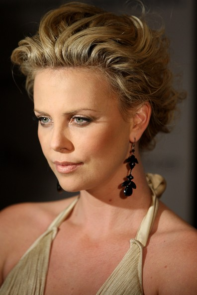 Charlize Theron Peinados - Charlize Theron Photo 43 Foto enfemenino