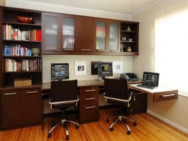 Home office ideas for small spaces for Small den ideas