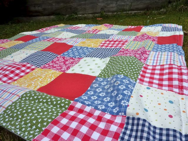 My Rose Valley My Scrappy Baby Quilt