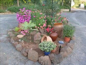 Jard n reciclaje y m s mi rocalla for Plantas para rocallas