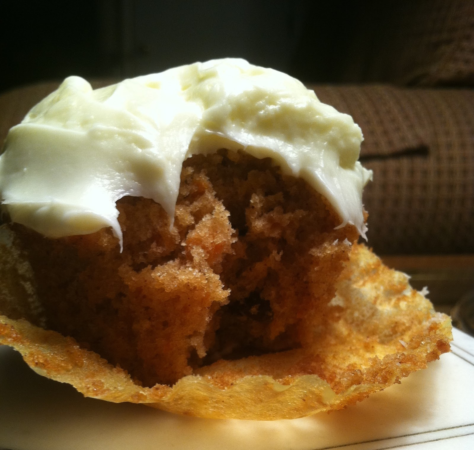 ... : Heavenly Carrot Cupcakes with White Chocolate Cream Cheese Frosting