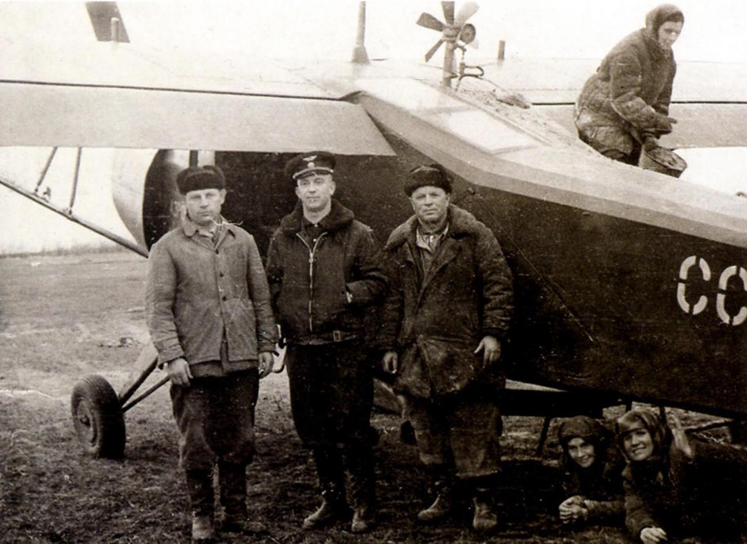 Як-12М