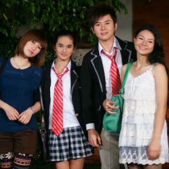 Foto Aelke Mariska, Faby Marcelia, Rafael Tan, dan Eriska Rein di sela ...