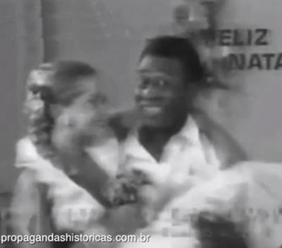 Propaganda do Pelé e da Xuxa para a Francisco Xavier Imóveis no Natal dos anos 80.