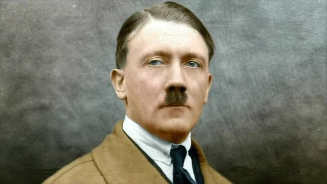 ¿Adolf Hitler transexual? (VIDEO)
