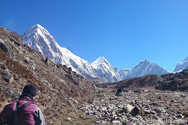 Pumori-Himalaya-Nepal