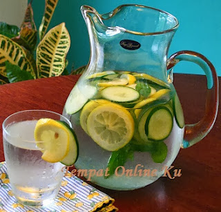 Infused Water Cucumber Lemon Mints