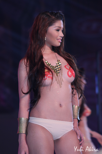 hot and sexy vixens at the fhm philippines 100 sexiest victory party 02