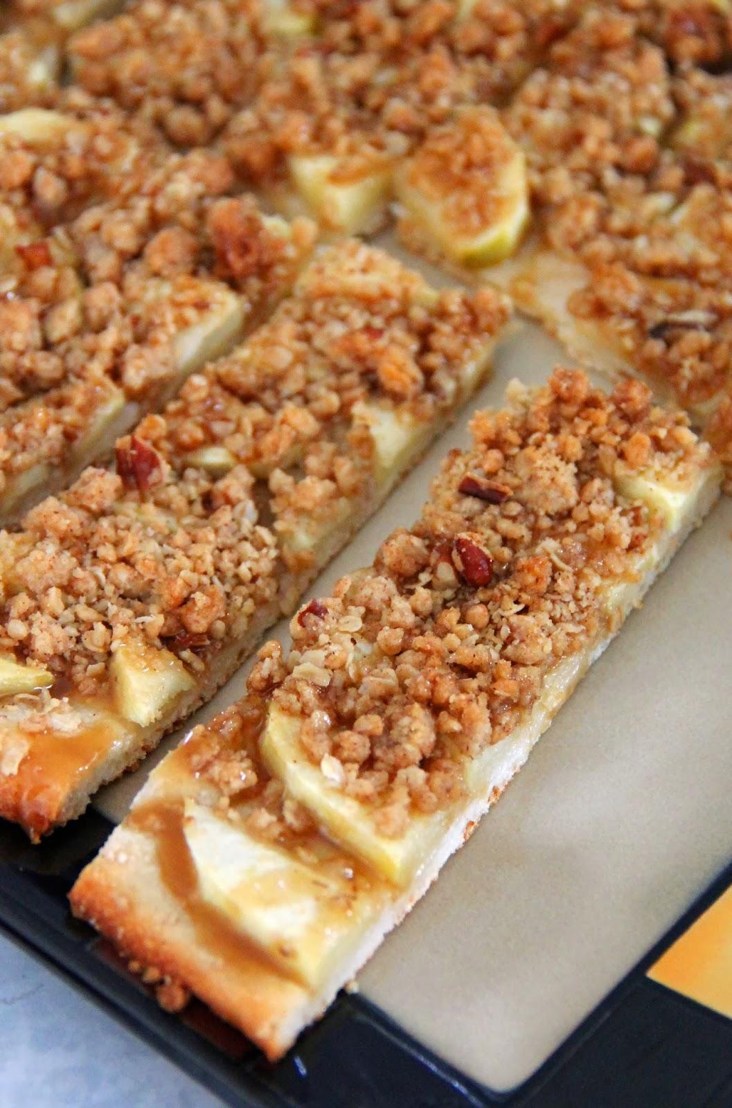 Apple Crisp Pizza With Caramel Sauce Recipe — Dishmaps