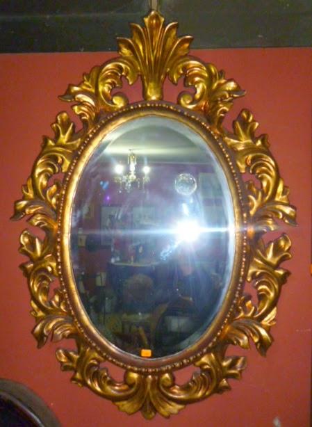 Espejo luis xv con marco dorado antig edades del castillo for Espejo marco dorado