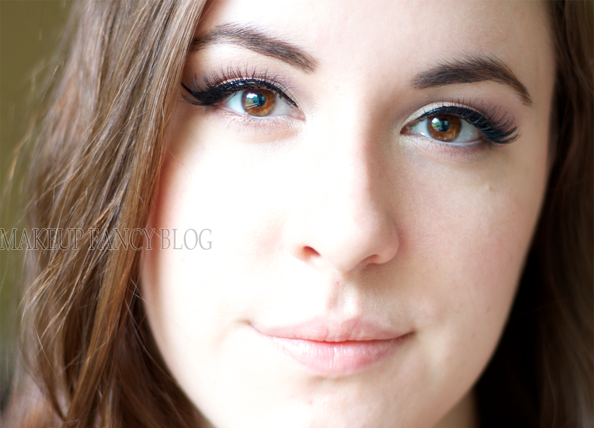 Wedding Makeup Looks For Brunettes With Green Eyes ...