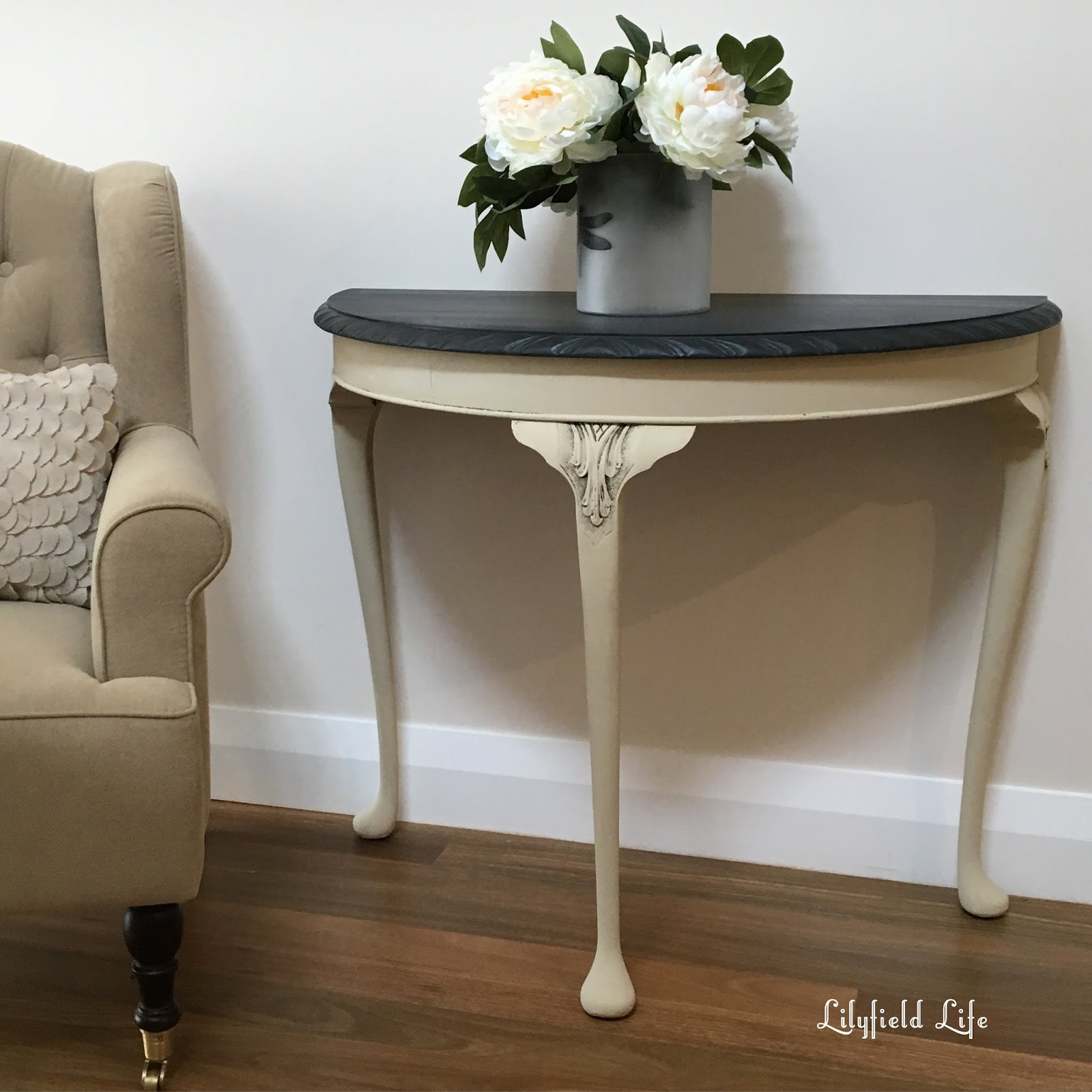 Gentil Painted Hall Table Plain Painted Hall Table Great For A Way Or Side Perhaps  Even