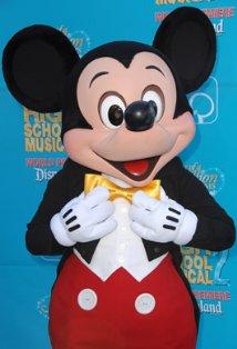 Mickey mouse desene animate in romana download gratuito
