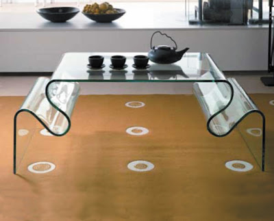 Adaptive Interior Design With Glass Accessories