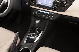 Novo Toyota Corollla 2015 - Altis 2.0 Automática - interior em, couro