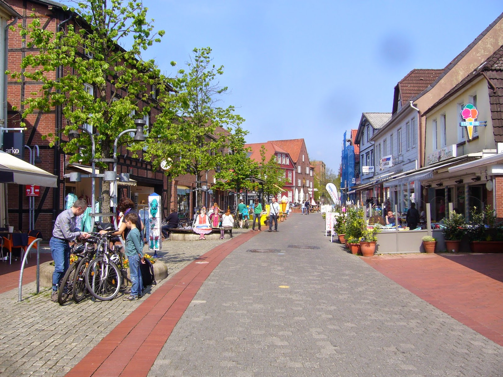 soltau guys Geography soltau lies centrally between bremen ,  today it offers 16 different activities, of which football is the largest with four men's, a women's, .
