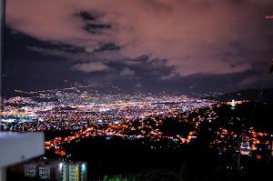 Los encantos de la noche en Medellin